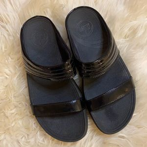 FitFlop Walkstar Slide Patent Leather Sandals